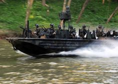 US, Netherlands, Senegalese SOF conduct riverine training – DIVDs