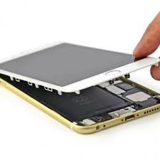 iPhones 'disabled' if Apple detects third-party repairs – BBC News