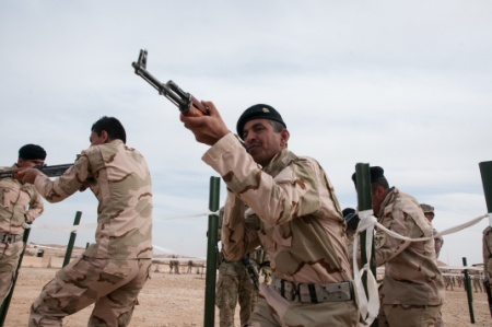 Islamic State group hits back as Iraqi army moves into Falluja – BBC News