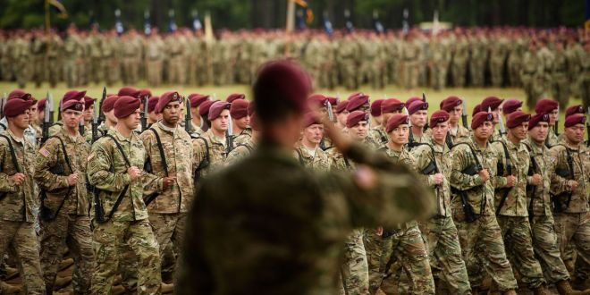 82nd Airborne Division welcomes new leader, generals praise paratroopers for efforts in global fight | fayobserver.com