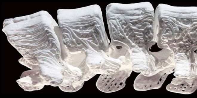 "Superflexible, 3-D printed ""bones"" trigger new growth 