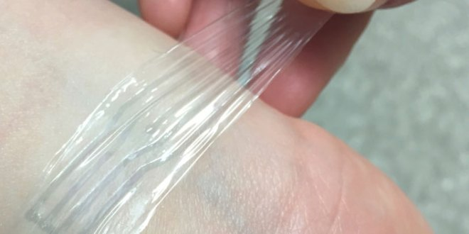 A biocompatible stretchable material for brain implants and 'electronic skin' | KurzweilAI