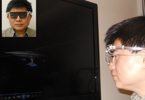 New '4-D goggles' allow wearers to be 'touched' by approaching objects | Science Daily