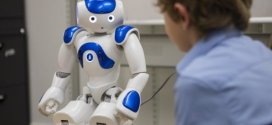 Robots have power to significantly influence children's opinions | Science Daily