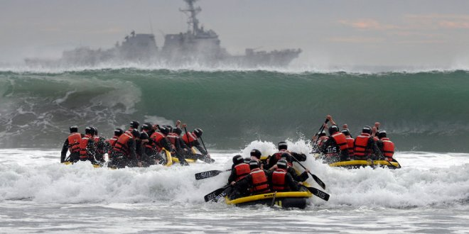Navy SEALs are shifting focus to prepare for a fight with Russia or China | Business Insider