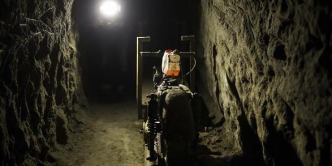 AUTHORITIES ALONG U.S., MEXICO BORDER FIND TUNNEL WITH RAIL SYSTEM, SOLAR-POWERED LIGHTING UNDER CALIFORNIA | News Week
