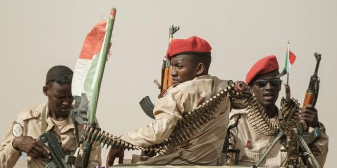 Sudan crisis: The ruthless mercenaries who run the country for gold | BBC