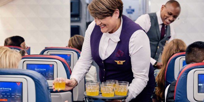 Delta Is Bringing Free Cocktails, Bistro-style Dining, and Hot Towel Service to Economy | Travel and Leisure