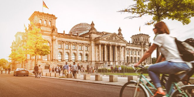 New Syrian Refugee Guided Berlin Tour from Contiki| Travel Pulse