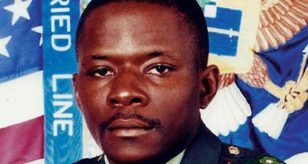 Vets in Congress Renew Medal of Honor Plea for Army 'Legend' Alwyn Cashe | Military.com