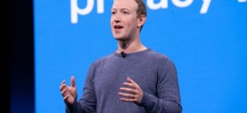 Facebook's Zuckerberg defends actions on virus misinformation | BBC News