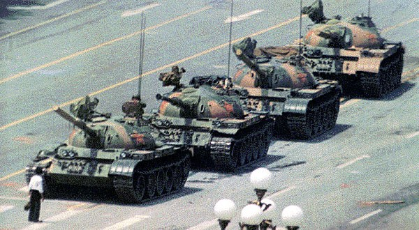 Zoom shut down a Chinese dissident's account after he held a Tiananmen Square Memorial | Vice