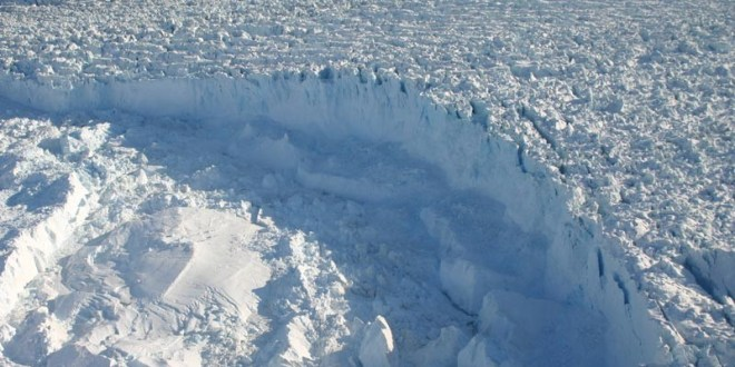 Climate change: 'Unprecedented' ice loss as Greenland breaks record | BBC News