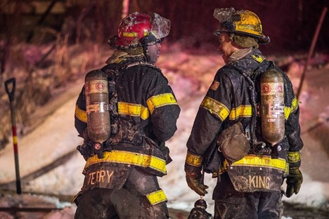 'He's our angel': Veteran battling cancer rescues neighbors from burning Ill. home   1011 Now News