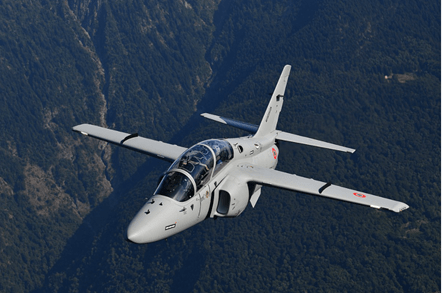Italian Air Force to double pilot training intake with move to Mediterranean island | Defense News