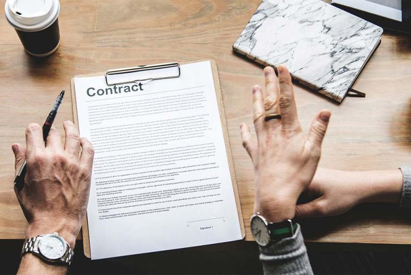 contratto di spedizione da firmare