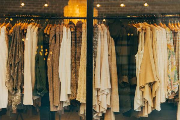 Soluzioni di logistica abbigliamento per vestiti e accessori moda