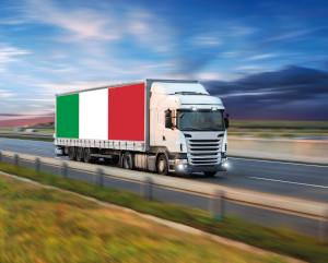 Camion Sogedim con bandiera italiana