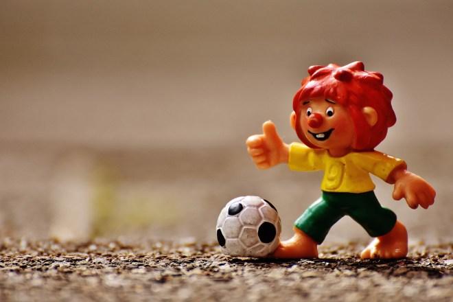 https://pixabay.com/en/pumuckl-figure-football-funny-1610578/