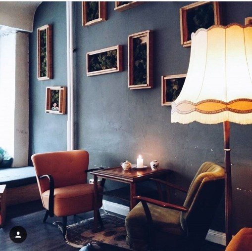 Dreiklang Café Photo by Sibel Geldi