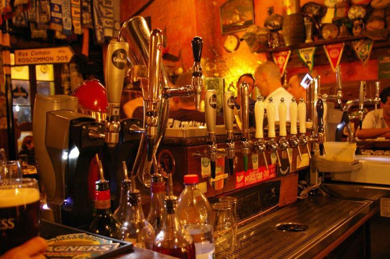 top 5 pubs sur marseille