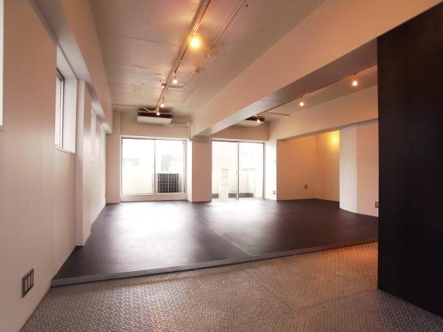 第2スカイビル701号室|SOHO東京