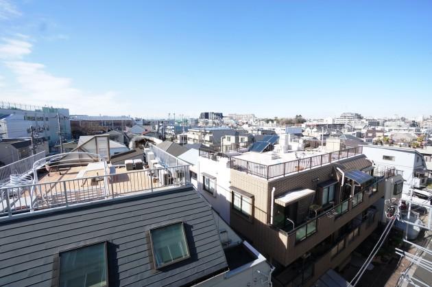 クラールハイト三宿305号室バスルームからの眺望|SOHO東京