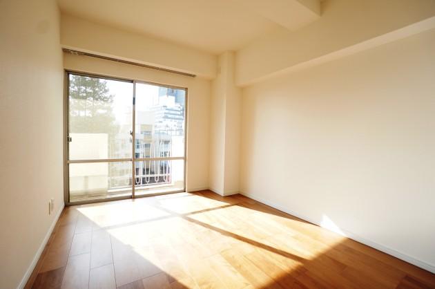 南平台アジアマンション508号室ベッドルームにピッタリのサイズの部屋 SOHO東京