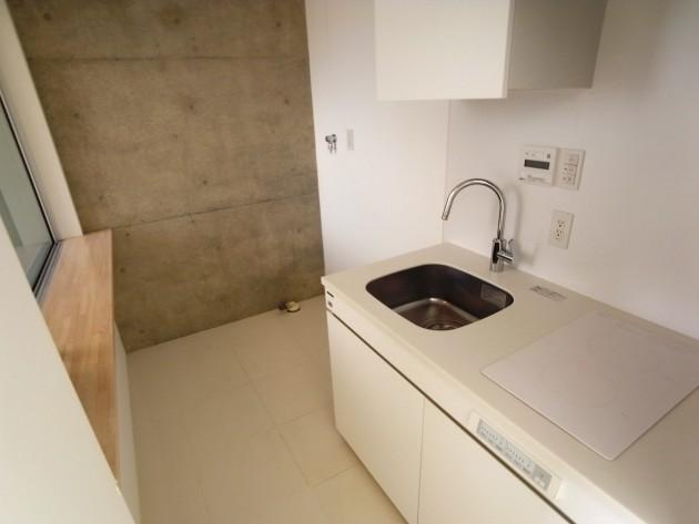 モデリアブリュット表参道303号室キッチン|SOHO東京