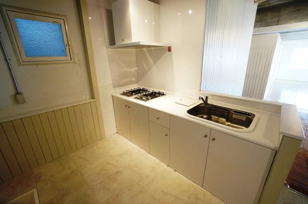 bauhaus-2F-kitchen1-sohotokyo