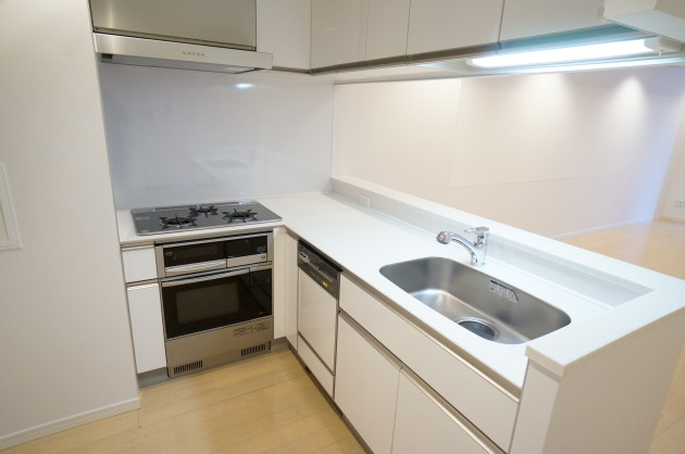 residence-fujimi-kitchen