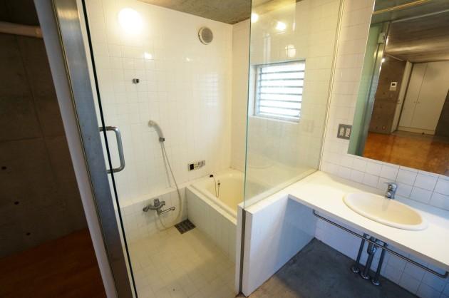 split-101-bathroom1-sohotokyo