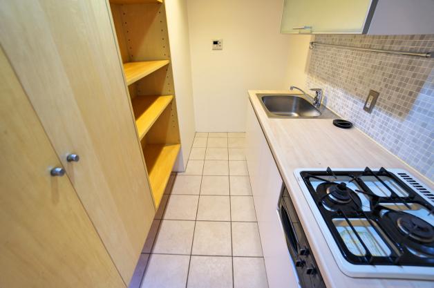 rue_franche-206-kitchen-01-sohotokyo