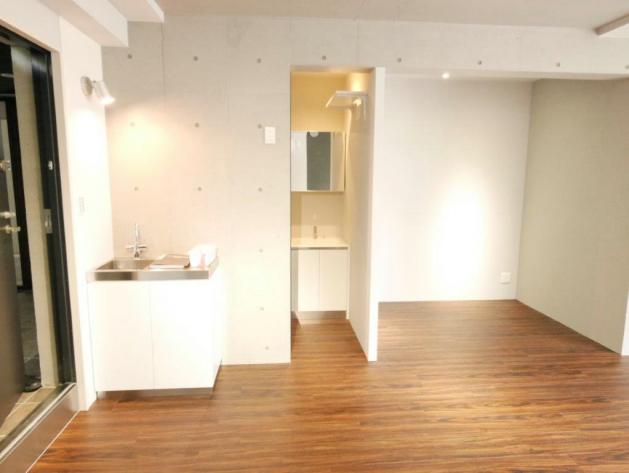 okura_residence_kitasando-room-01-sohotokyo
