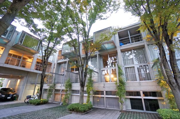 refuse'o forest-facade-07-sohotokyo