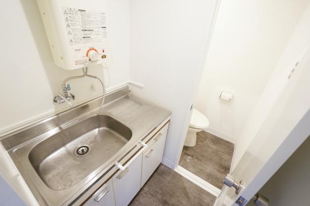 shitokudo-4F-toilet