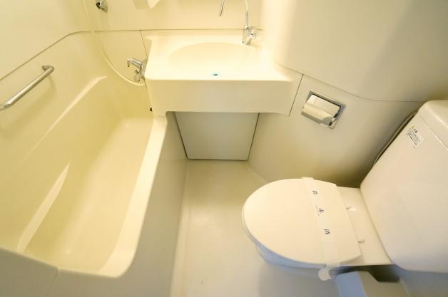 villa_moderna-A406_407-toilet-01-sohotokyo