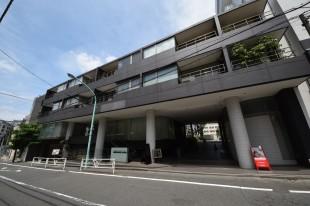 【募集終了】代官山駅6分、渋谷徒歩圏内。モダンな外観の2LDK。