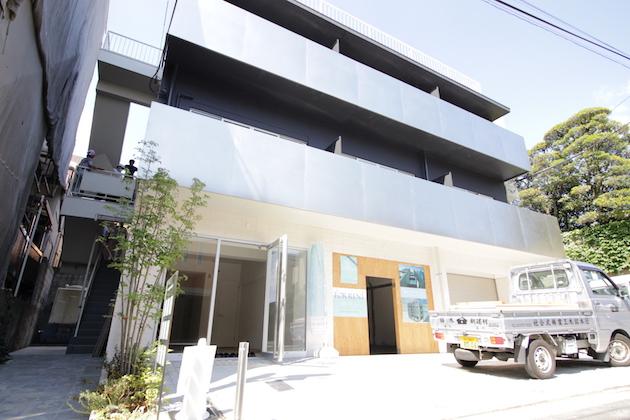 ARKHOUSETD-facade-03-sohotokyo.JPG