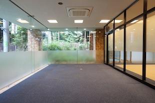 【募集終了】代々木。ガラス張りの1階店舗可オフィス。