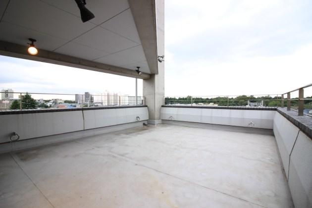 winds-garelly-601-balcony1-sohotokyo
