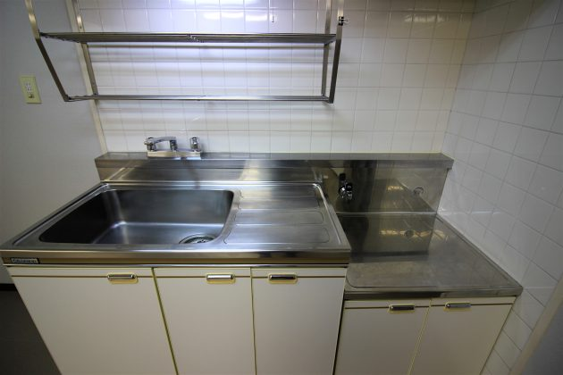 aoyama_matrix-102-kitchen-01-sohotokyo