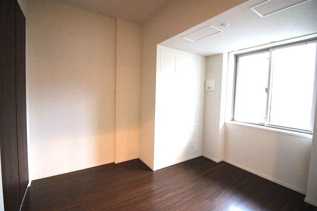 proud_nihonbashimitsukoshimae-807-bedroom-02-sohotokyo