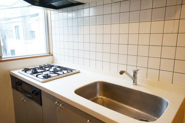 trinite_rouge-206-kitchen-03-sohotokyo