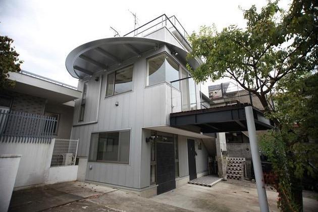 【募集終了】代々木上原。ガレージライクなデザイナーズテラスハウス。