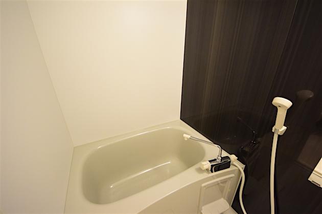 lapis_akasaka-401-bathroom-04-sohotokyo