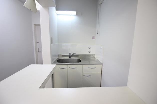 shibuya_flatbuilding-7A-kitchen-05-sohotokyo