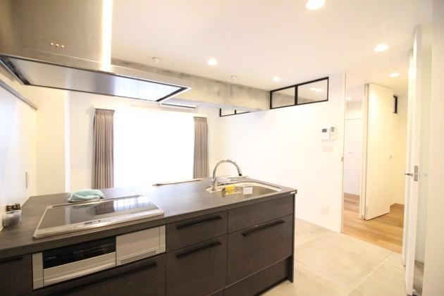 takasunabuild_shirokane-506-livingroom-04-shotokyo