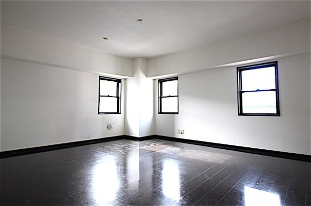 【募集終了】銀座一丁目2分。サロン可能なアンティーク調オフィス。