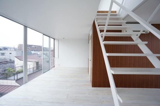 中野のSOHO、ルーフバルコニーと回廊式の室内空間<p>[中野区/18万/61㎡]